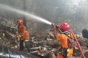 Penderita Gangguan Jiwa Bakar Sampah, Pabrik Fiber Glass di Bogor Ludes Terbakar