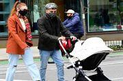 Zayn Malik dan Gigi Hadid Jalan-Jalan Bawa Khai di New York