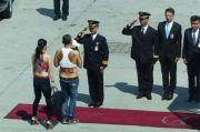 Tiru Masa Lalu Raja Thailand, ABG 16 Tahun Demo Pakai Crop Top
