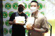 Gara-gara Ngevlog bareng Chef Juna, Fadil Jaidi Terinspirasi Dirikan Bisnis Burger