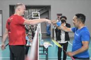 Ridwan Kamil Tumbangkan Dubes Denmark di Laga Bulu Tangkis Persahabatan