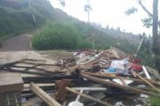Cimenyan Dihantam Angin Puting Beliung, Rumah Warga Rusak Porak Poranda