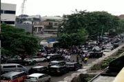 Rekonstruksi Polisi Koboi di RM Cafe, Arus Lalu Lintas Arah Kamal Ditutup
