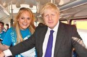 Wanita Ini Blakblakan Selingkuh dengan PM Inggris Selama 4 Tahun