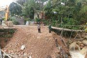 Akibat Longsor dan Jembatan Putus, Jalan Sosopan di Padang Lawas Sulit Dilewati