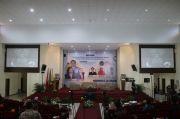 Menko Airlangga Buka-bukaan 2 Strategi Utama Pemulihan Saat Diskusi di UNS