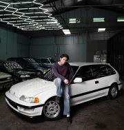 Dinamai Geulis, Mobil Pertama Iqbaal Ramadhan Civic Grand Nouva Berkelir Putih