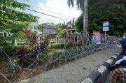 Sidang Habib Rizieq, PN Jakarta Timur Disekat Pagar Kawat Berduri