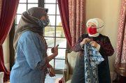 Ibu Negara Turki Jatuh Cinta pada Batik dan Kerajinan Indonesia