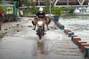 Banjir Rob, Belasan Rumah di Baubau Terendam Banjir Air Laut