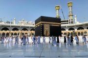 Pria Bersenjata Ditangkap di Masjidil Haram, Teriak Dukung Teroris