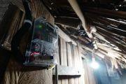800 Rumah di Kecamatan Tempe Menumpang Listrik ke Tetangga