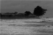 Cuaca Buruk Landa Perairan Sibolga, Pelayaran Terpaksa Ditunda