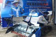 Petani Ponorogo Dibantu Alat Pemanen Padi, Ibas: Butuh Teknologi Terkini