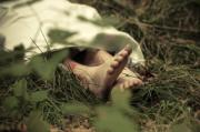 Mayat Penuh Luka di Wajah Ditemukan di Semak-Semak