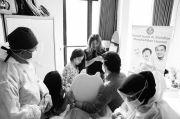 Sepakat Cerai, Wulan Guritno dan Adilla Kompak Temani Anak Sunat