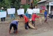Jengkel Tak Kunjung Diperbaiki, Warga Ancam Blokir Jalan Truk Pengangkut Gas