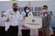 Pertamina Bantu Ribuan Masker untuk Relawan Makassar Recover