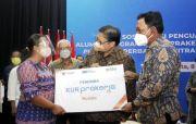 Disaksikan Menko Airlangga, BNI Salurkan KUR ke Alumni Prakerja