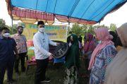Bupati Pangkep Salurkan Ratusan Bak Air untuk Pemenuhan Air Bersih Warga