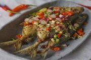 Menu Makan Hari Ini: Ikan Goreng Sambal Matah