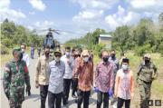 Kapolda Kalimantan Barat Sambut Kedatangan Menkopolhukam dan Mendagri