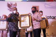 PWI Sulsel Beri Penghargaan Tokoh Peduli Pers untuk Ilham Azikin