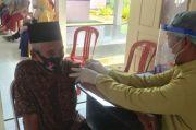 Suratemin, Lansia Tertua Penerima Vaksin Covid-19 di Lutra Berusia 85 Tahun