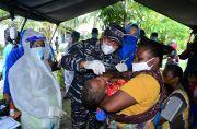 Tim Kesehatan Koarmada III Sorong Layani Pemeriksaan 300 Warga Pesisir Papua Barat