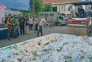 Polrestabes Surabaya Musnahkan Barang Bukti 4.696 Botol Miras Hasil Operasi Pekat