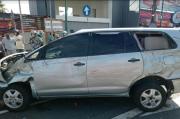 Terlalu ke Kanan, Mobil Tabrak 5 Motor dan 1 Mobil di Lampu Merah Janti Kencana Yogya