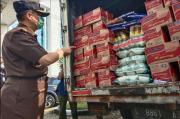 Kejati Jawa Timur Kirim 4 Truk Sembako untuk Korban Gempa Malang