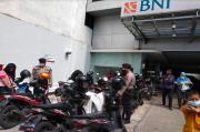 Pasca Kerumunan Massa, Polisi Jaga Ketat Pencairan Dana UMKM di Pematangsiantar