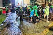 Ojol dan Pelanggan Bersitegang Gegara Uang Kembalian di Tangerang