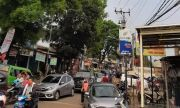 Macet Parah, Warga Keluhkan Jalan di Sekitar Pasar Pucung Jatimulya Depok