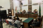 6 Terdakwa Kasus Kebakaran Gedung Kejagung Dituntut Satu Tahun Penjara