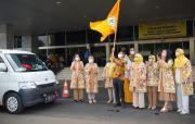 Para Istri Anggota Fraksi Golkar Gelar Baksos untuk Yatim Piatu