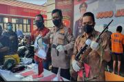 Rakit Senpi Ilegal, Guru SMP Swasta di Malang Diamankan Polda Jatim