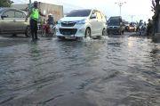 Banjir Rob Setinggi 20 Cm Genangi Jalur Pantura Semarang-Demak, Lalu Lintas Tersendat