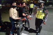 Dari Depok sampai Jakarta Utara, Polisi Ngak Kenal Lelah Razia Motor Nakal Tengah Malam