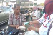 Dapat Takjil dan Masker dari Partai Perindo, Warga: Alhamdulilah Semoga Berkah