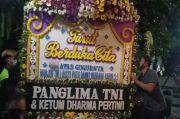 Panglima TNI Kirimkan Karangan Bunga Duka Cita ke Kediaman Kabinda Papua