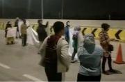 Warga Korban Gusuran Blokade Jalan Tol Cimanggis-Cibitung