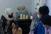 Gubernur Khofifah Beri Dukungan Moril untuk Istri Awak Kapal Selam Kapal Selam KRI Nanggala-402