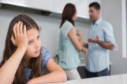 Sengaja Libur Biar Bukber Bareng Keluarga, Pria Ini Malah Dengarkan Orangtuanya Berantem