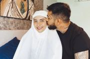 Perbedaan Keyakinan Tak Halangi Onadio Leonardo Semangati sang Istri Berpuasa