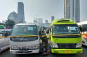 Mobil Travel Dikandangin Polisi, Warganet: Bukan Masalah Gelap, Keluarganya Mau Makan Apa?