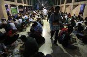 Kasus Covid-19 di DKI Melonjak, DPR Imbau Masyarakat Jakarta Tak Buka Puasa Bersama
