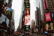 Nadin Amizah Kaget Wajahnya Terpampang di Videotron Time Square
