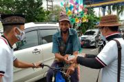 Warga Senang Dapat Takjil dan Nasi Kotak dari Perindo Jambi Jelang Buka Puasa